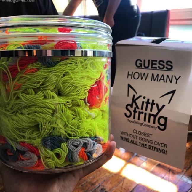 Hiro Koba kitty string